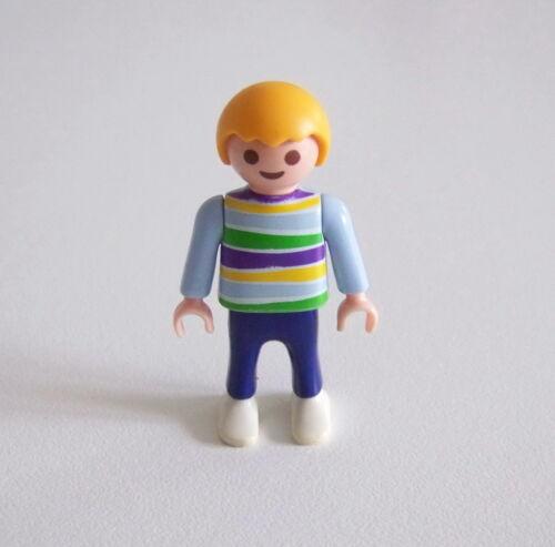 ENFANT MODERNE PLAYMOBIL Garçon Pull Bleu Clair Rayé Pantalon Bleu 3112