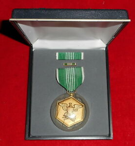 BOXED SET OUTER BOX US ARMY COMMENDATION DECORATION MEDAL