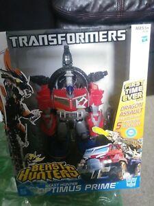 Transformers-Beast-Hunters-Optimus-Prime-Ultimate-Class