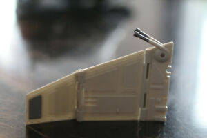 Star-Wars-Transformers-Emperor-Palpatine-Imperial-Shuttle-robot-Part-wing