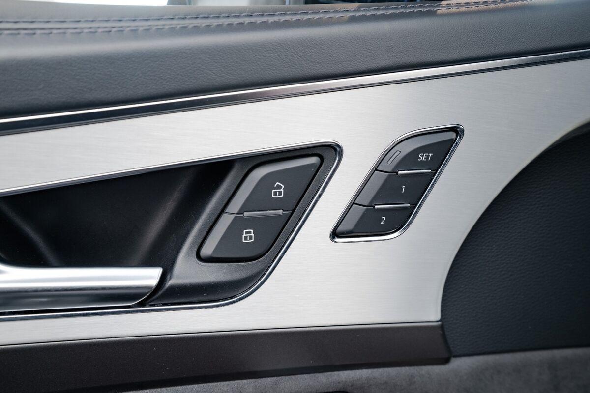Audi SQ7 TDi quattro Tiptr. 7prs