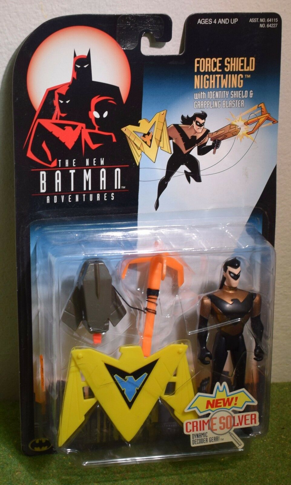 KENNER THE NEW BATMAN ADVENTURES FORCE SHIELD NIGHTWING ACTION FIGURE