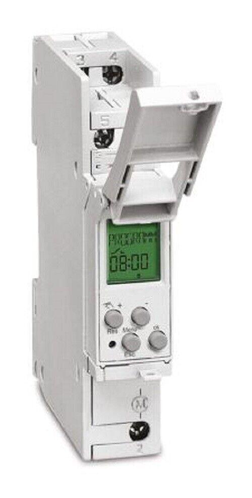 Grasslin 03.90.0002.1 1 Channel Digital DIN Rail Switch Measures Hours - New