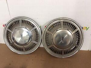 80-82-Pontiac-Phoenix-Hubcaps-Wheel-Covers-1980-1981-1982-PAIR-2-OEM