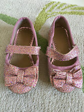 GIRLS PINK & SILVER GLITTERED BOW FRONT SHOES/PUMPS – UK 7