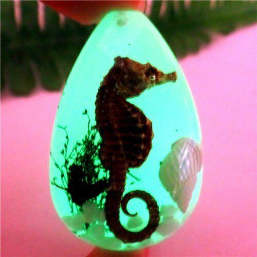 1Pcs Cristal Resina Sea World Luminoso Lágrima Colgante Perla 38*25*15mm B9849