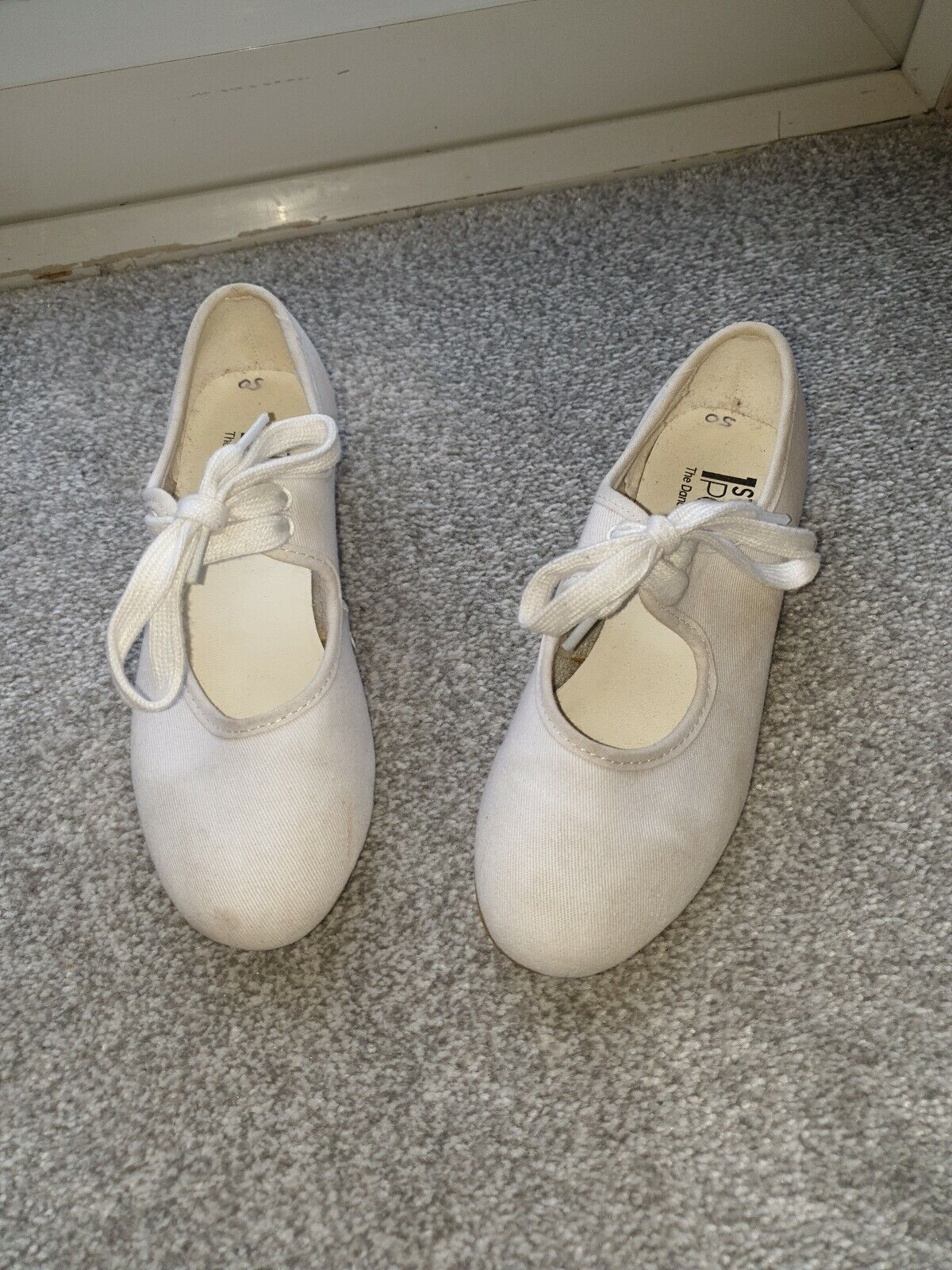 Girls ballet shoes size 13