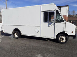 Step Van For Sale Low Mileage 188000 Km stepvan $8500