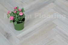 Special Offer! Oak Herringbone Flooring 550x90x18/4mm HO1801