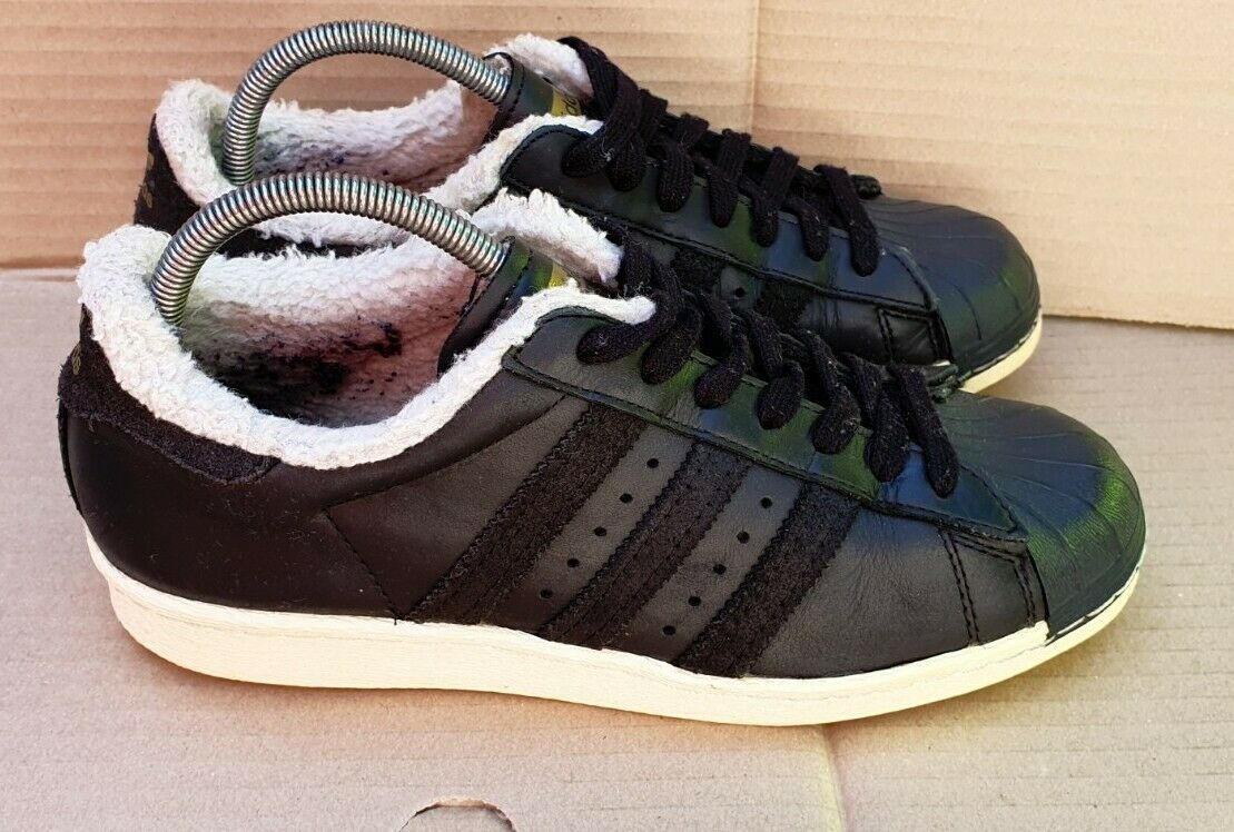 Adidas Superstar années 80 Baskets noir doublé de fourrure taille 6 UK OK besoin de nettoyer