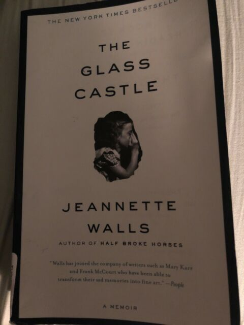 The Glass Castle By Jeannette Walls - good, used, paperback book