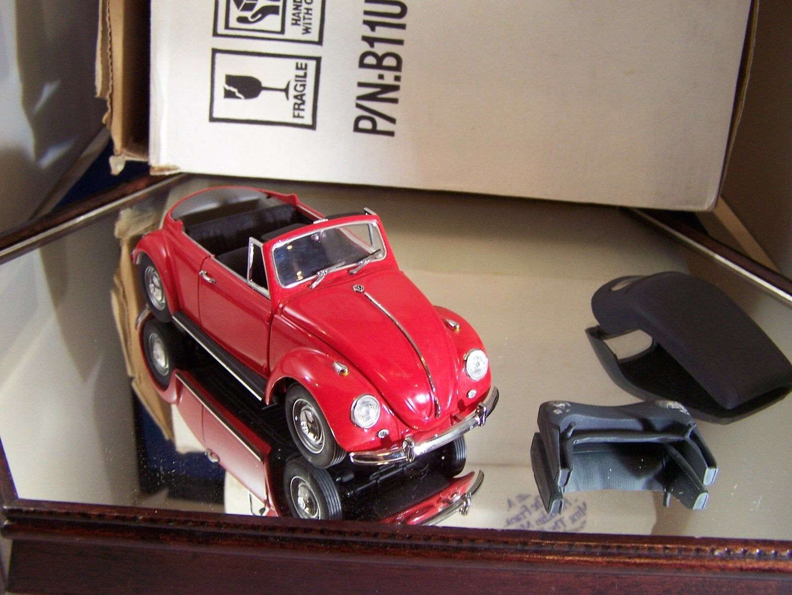 FRANKLIN MINT 1967 RED VOLKSWAGAN CONgreenIBLE BOX ONLY NO PAPERS