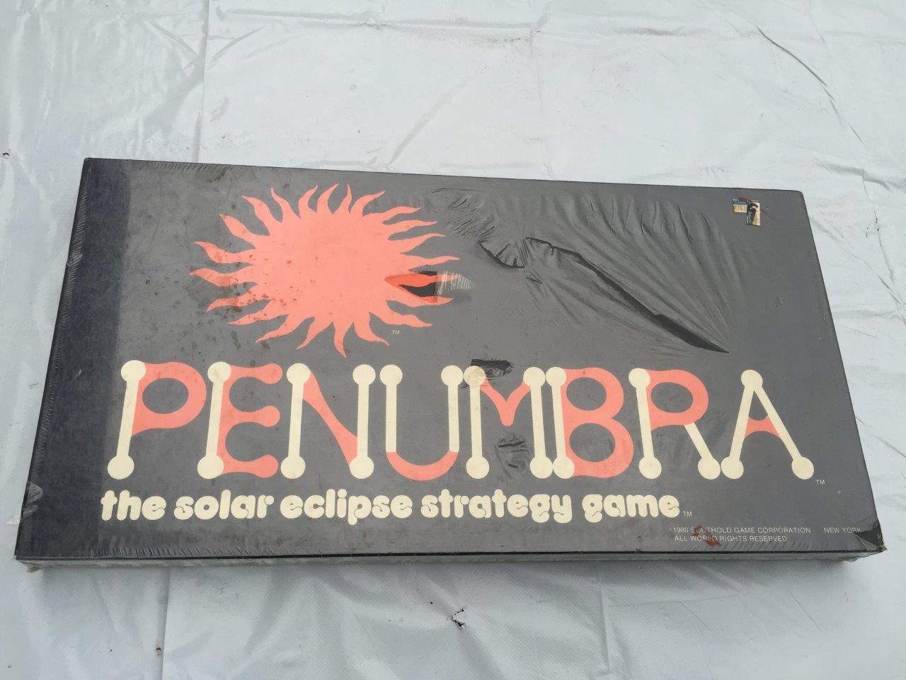 Vintage Rare Penumbra éclipse solaire jeu de stratégie 1980 FACTORY SEALED Comme neuf IN BOX