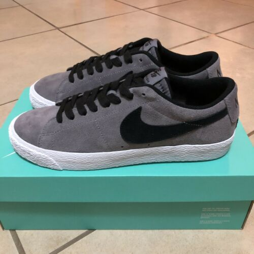 Gunsmoke 864347003 Size With Low Blazer 6 Box Sb Zoom Black New Nike nTqPI7zw