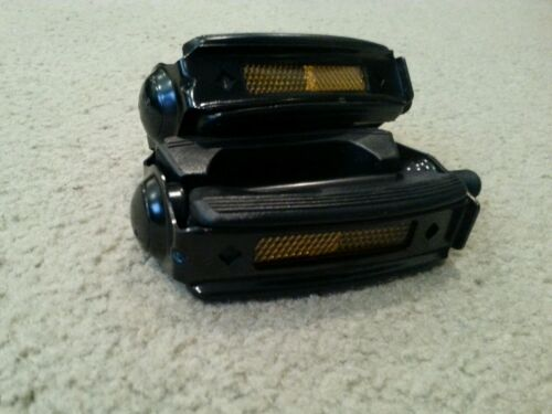 "STINGRAYS,CRUISERS. KRATE  BOW BICYCLE PEDALS,1//2/"",SOLID BLACK"