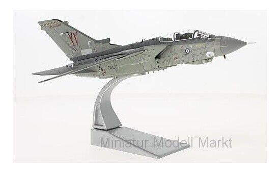 _AA33618 - Corgi Panavia Tornado GR.4 - ZA459 - 100 År av RAF - 1 72