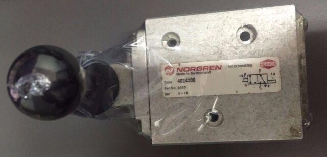 2 PEZZI CONDENSATORE ELETTROLITICO VERTICALE 1000uF 6,3V 105° 8x12 PASSO 3,5mm