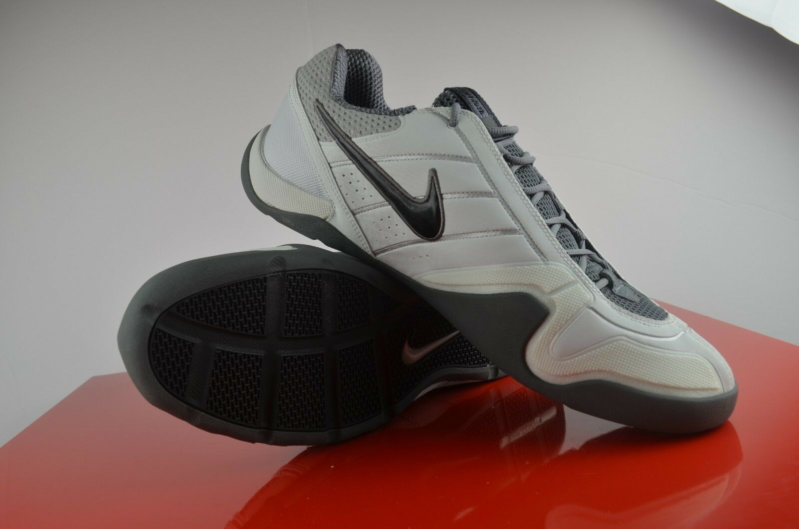 Nike Air Zoom Fencer Fencing Shoes Mens Grey White  Comfortable Great discount