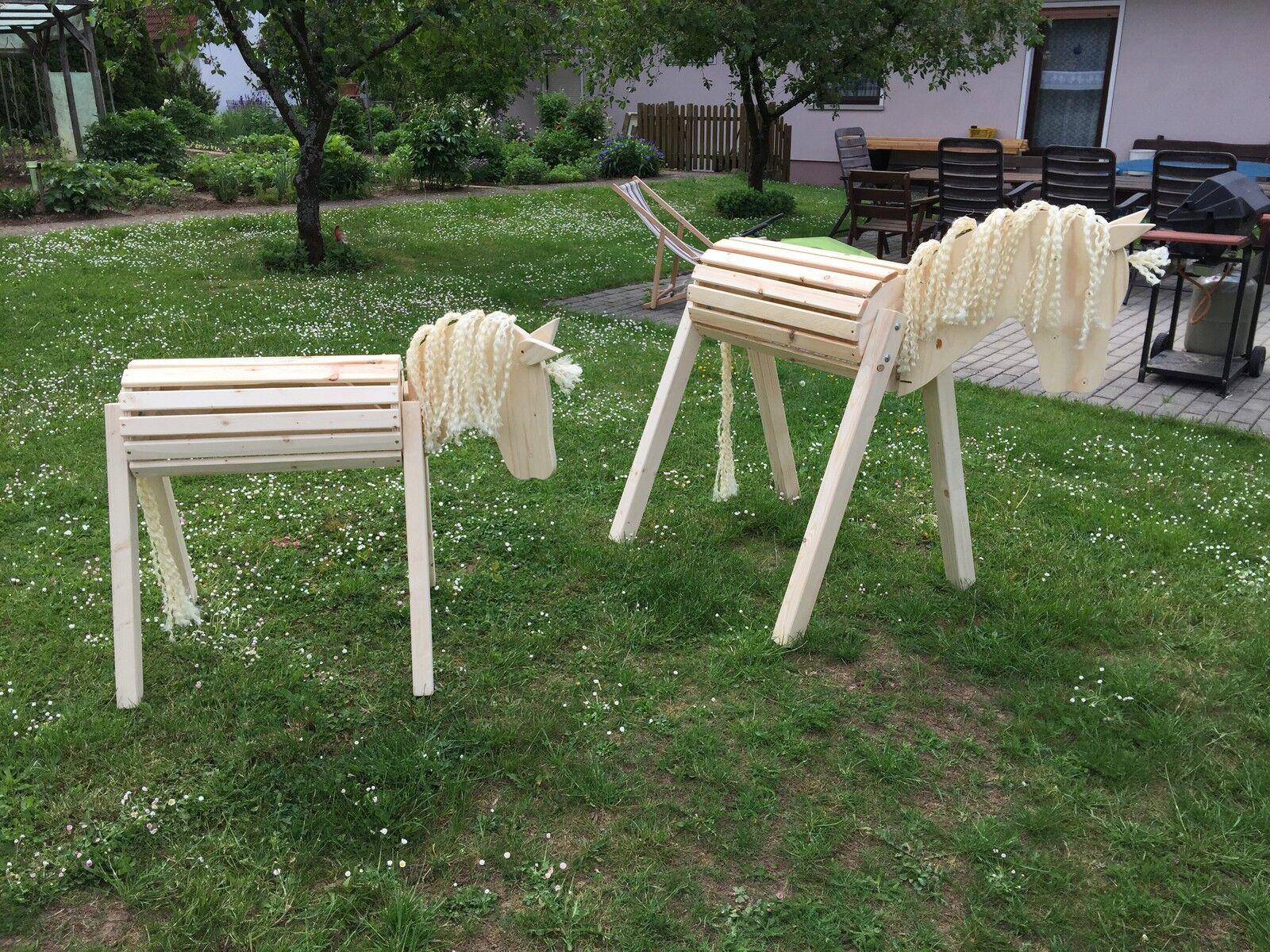 2 x Holzpferd Holzpony Voltigierpferd Fohlen mit bewegl. Kopf und Ohren neu