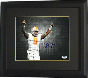 4815dc99656 Derek Barnett signed Tennessee 8x10 Photo Framed #9- PSA Holo (hor ...