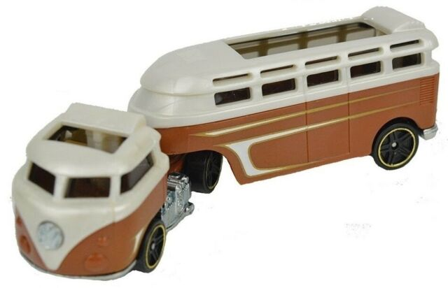 Hot Wheels - Track Stars BFM60 - CGJ44 - Custom Volkswagen Hauler - NUEVO