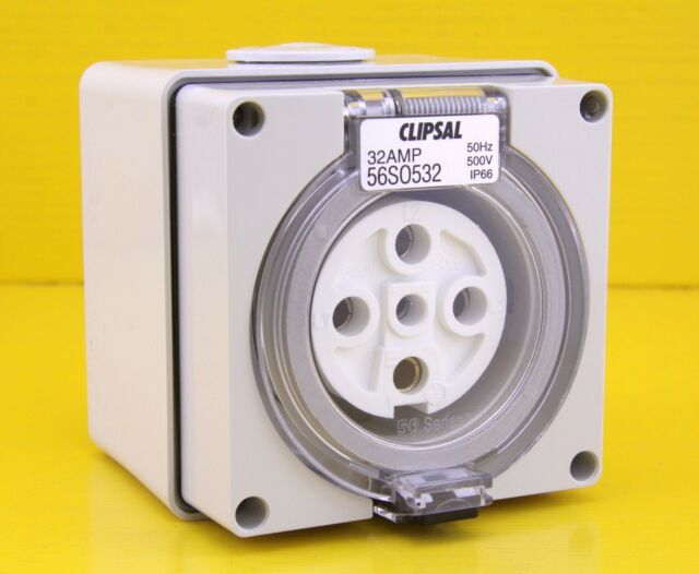Clipsal 56SO532 Surface Mount Socket Outlet 5 Round Pin 3 Phase 500V ac 32A IP66
