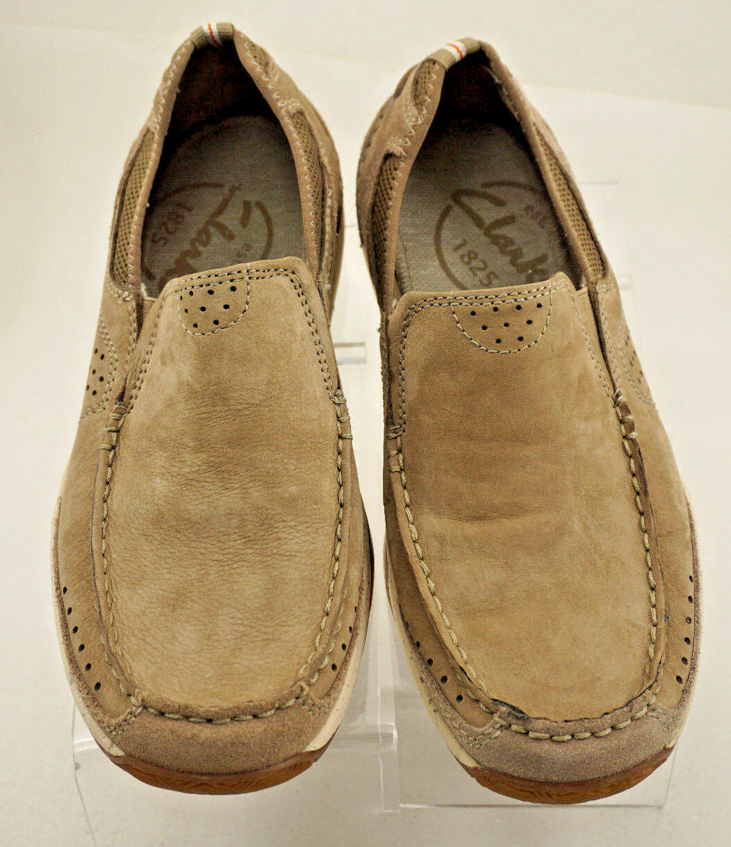 Mismatched- Clarks Walking Vestal  Men's Loafers Walking Clarks Shoes R-7 L-7.5 Leather Beige 85facb