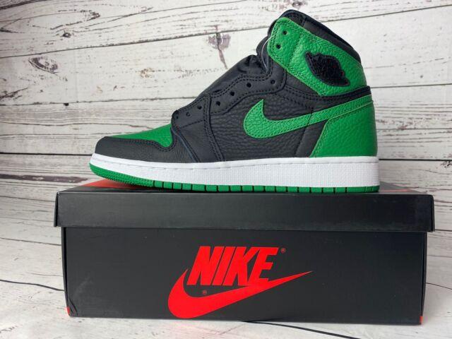 Nike Air Jordan Retro 1 High OG GS Shoe