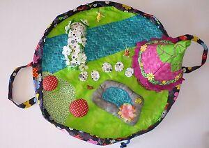 Travel-Fairy-Play-Mat-Toy-Fairies-Animals-Pond-House-Bridge-Toadstools