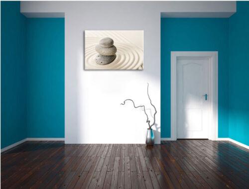 Steine im Sand mit Muster  Leinwandbild Wanddeko Kunstdruck