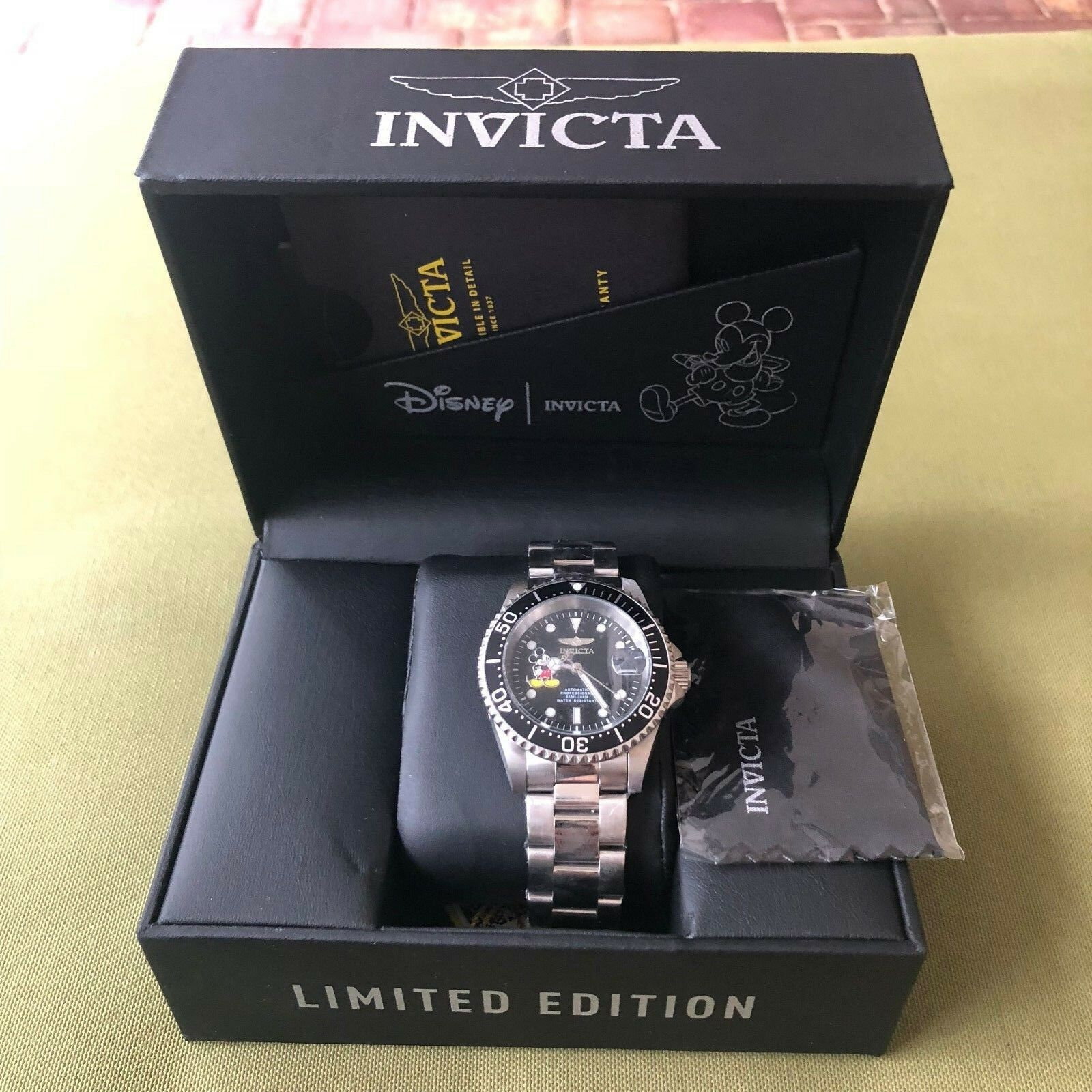 9e8af418629 Invicta Disney Limited Edition Mickey Mouse Mens Automatic Stainless ...