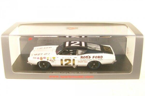 Ford Torino no.121 Winner Riverside 1968 (Dan Gurney)