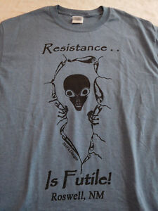 4a0f9916 Resistance Is Futile T Shirt Medium Roswell New Mexico NM Alien ...
