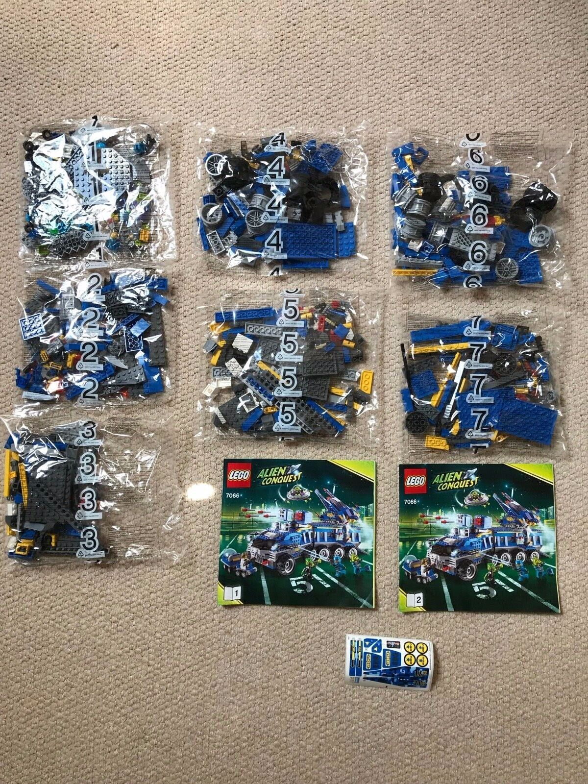 Nuevo Y Raro-Lego Alien Conquista 7066 tierra defensa HQ + Gratis P&P