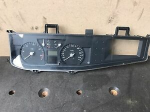 8200263368A-8200263368-a-Renault-Vel-Satis-panel-velocimetro