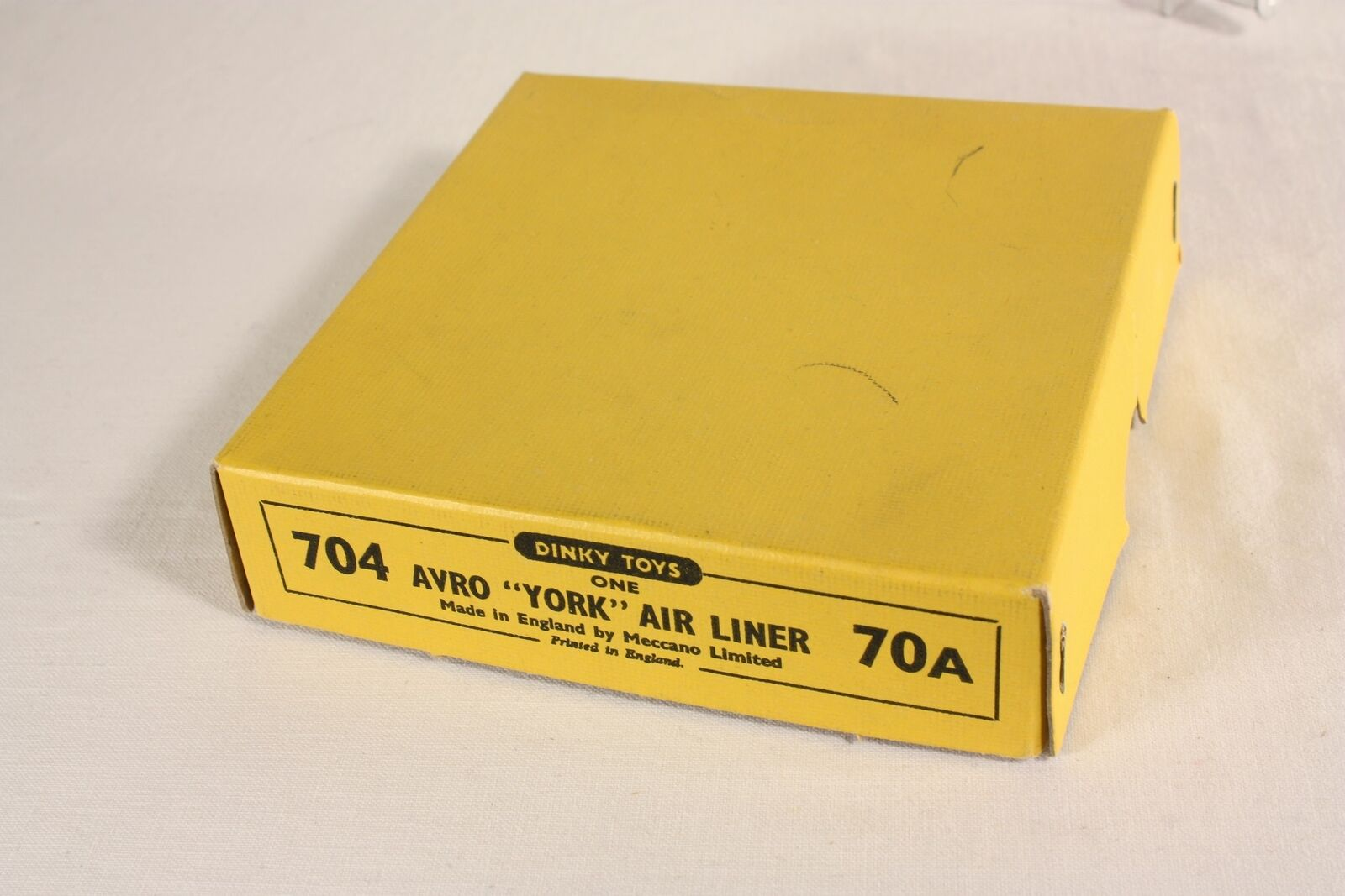 Dinky Toys 704, 704, 704, Avro  York  Air Liner,  70 A, Mint in Box                  ab590 267508
