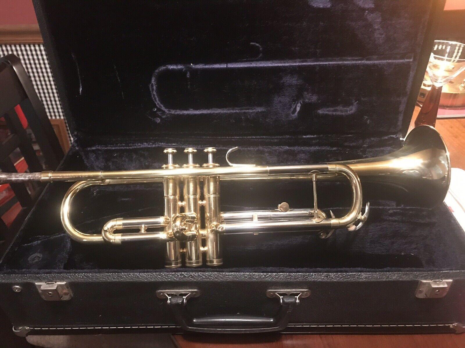 1971 Conn Director's Shooting Star Trumpet Serial P-76286 Mundstück & Case