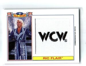 WWE-Ric-Flair-2016-Topps-Heritage-WCW-All-Star-Patch-Relic-Card-SN-26-of-299