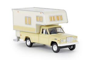 Brekina-19833-Jeep-Gladiator-A-Camper-elfenbein-Auto-Modell-1-87-H0