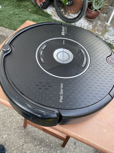 Roomba iRobot Pet Series 595 Vacuum Cleaner