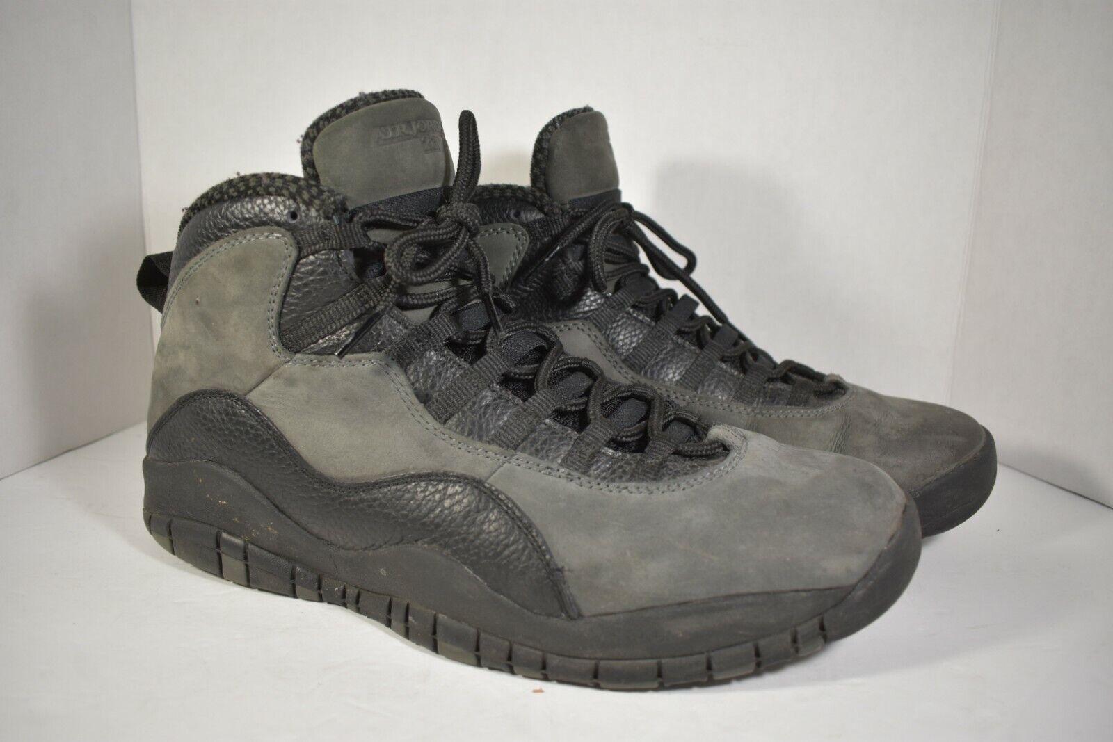 Nike Air Max Invigor Mid Black Running Shoes Boot NWT