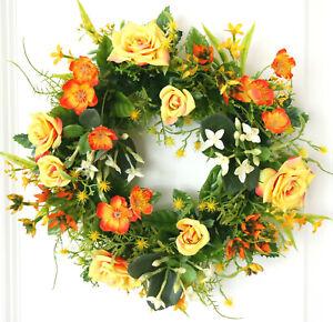 Tuerkranz-Fruehling-Rosen-gelb-orange-Wandkranz-Tischkranz-Kranz-Sommer-Hochzeit