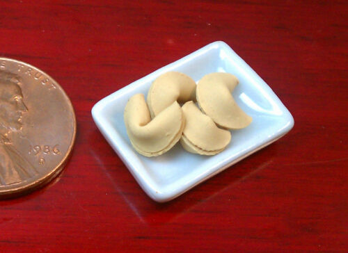 Artisan Made Fortune Cookies 4 ct. ~ 1:12 Dollhouse Miniature Food