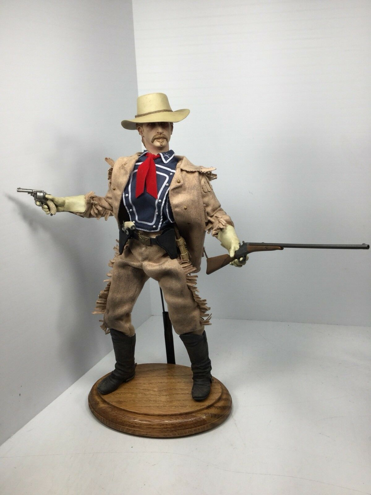16 SIDESHOW LT. Col. George A. Custer 2-Webley 's & Remington No.1 Dragon BBI DID