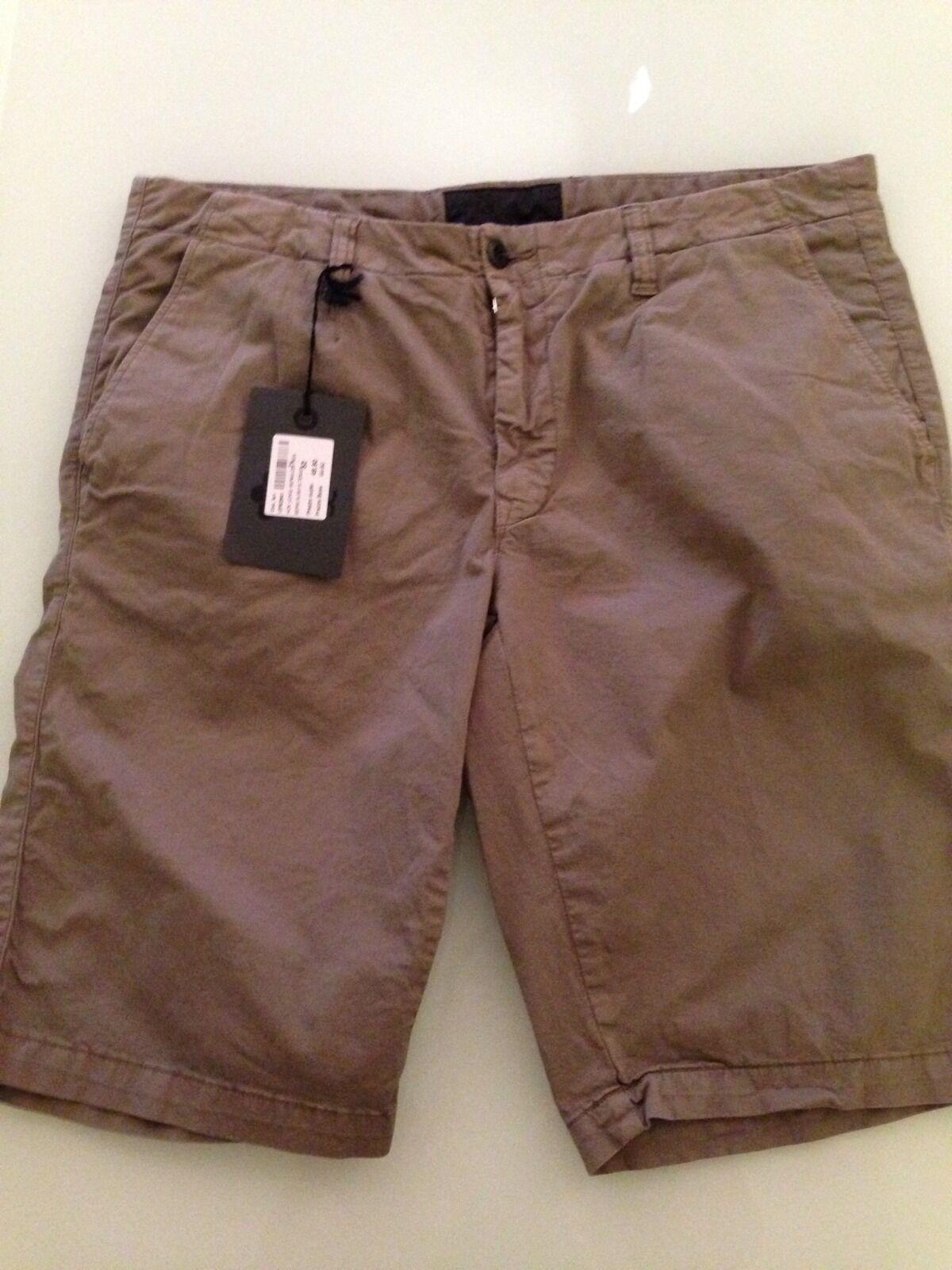 HOX Italia Men's Shorts Khaki Pants, Size