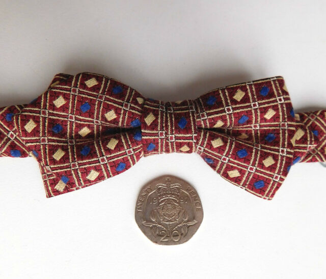 Elegant Japanese silk bow tie by Papp small soft and neat Check pattern 11-16""