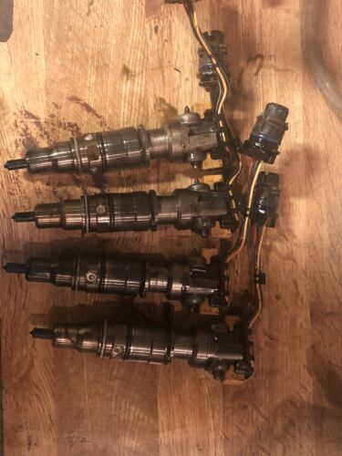 03-04-05-06-07 Ford F250 F350 6.0L fuel injector 6.0 powerstroke