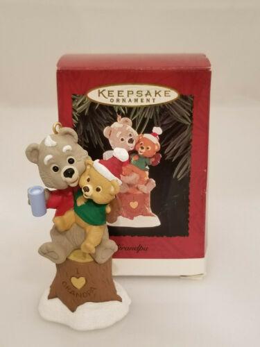 Hallmark Keepsake Ornament 1995 Grandpa #QX5769-DB Teddy Bears on Tree Stump