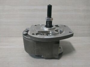 128190C91 IH HYDRAULIC GEAR PUMP