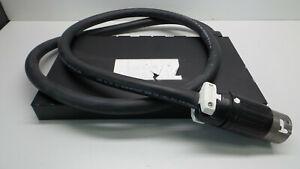 APC-AP7516-1U-Rack-Mount-Power-Distribution-Unit-PDU-208-240V-3-40A-6xIECC19